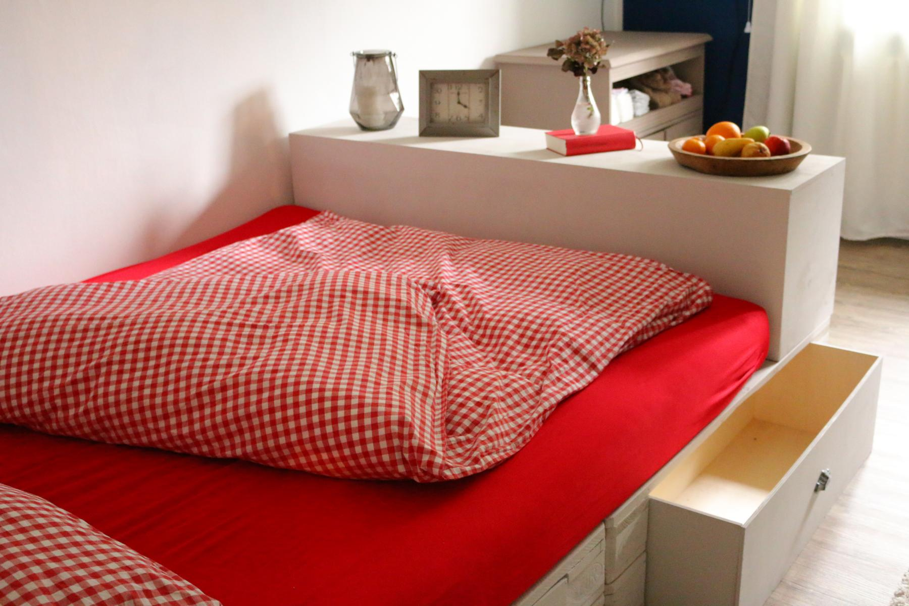 Palettenbett-kaufen-Bett aus Europaletten