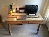 Tisch aus paletten europaletten m bel palettentisch for Schreibtisch palette