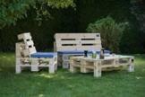 palettensofa selber bauen oder kaufen tipps ideen anleitungen. Black Bedroom Furniture Sets. Home Design Ideas