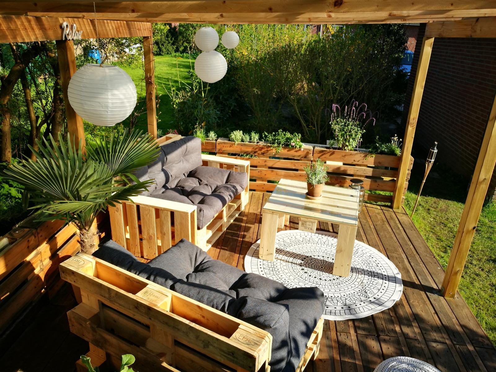 Palettenlounge-Palettenmöbel-Lounge