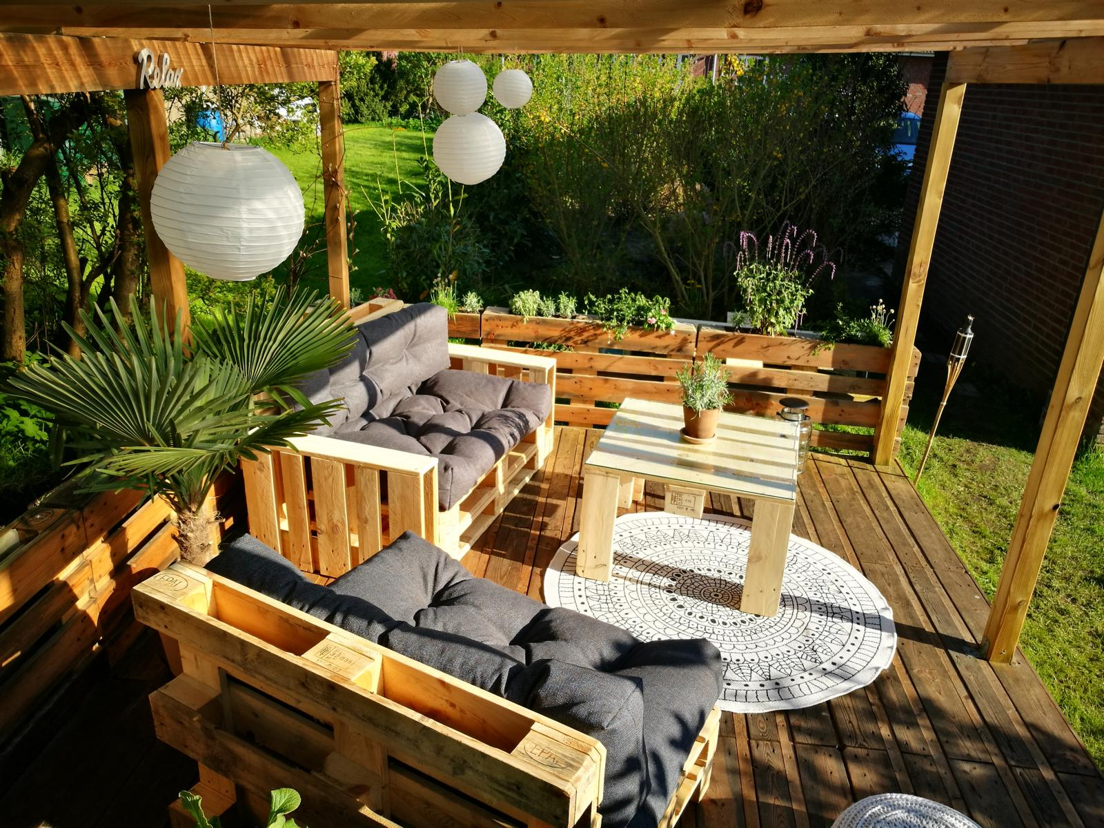 balkonm bel terrassenm bel aus paletten anleitungen. Black Bedroom Furniture Sets. Home Design Ideas