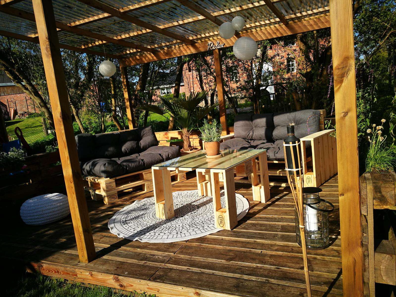 balkonm bel terrassenm bel aus paletten anleitungen shop. Black Bedroom Furniture Sets. Home Design Ideas