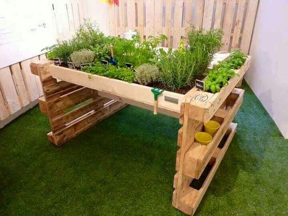 ᐅ balkonmöbel & terrassenmöbel aus paletten - ratgeber, Gartengerate ideen
