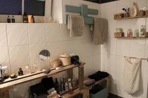Palettenmöbel im Badezimmer Dawanda