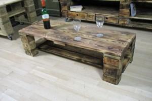 Tisch aus Paletten-Esstisch-Palettenmöbel selber bauen