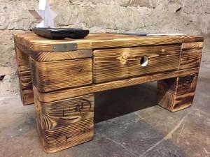Tisch aus Paletten- Beistelltisch bauen