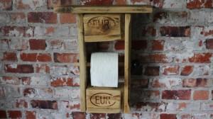 Toilettenpapierständer aus Europaletten DIY